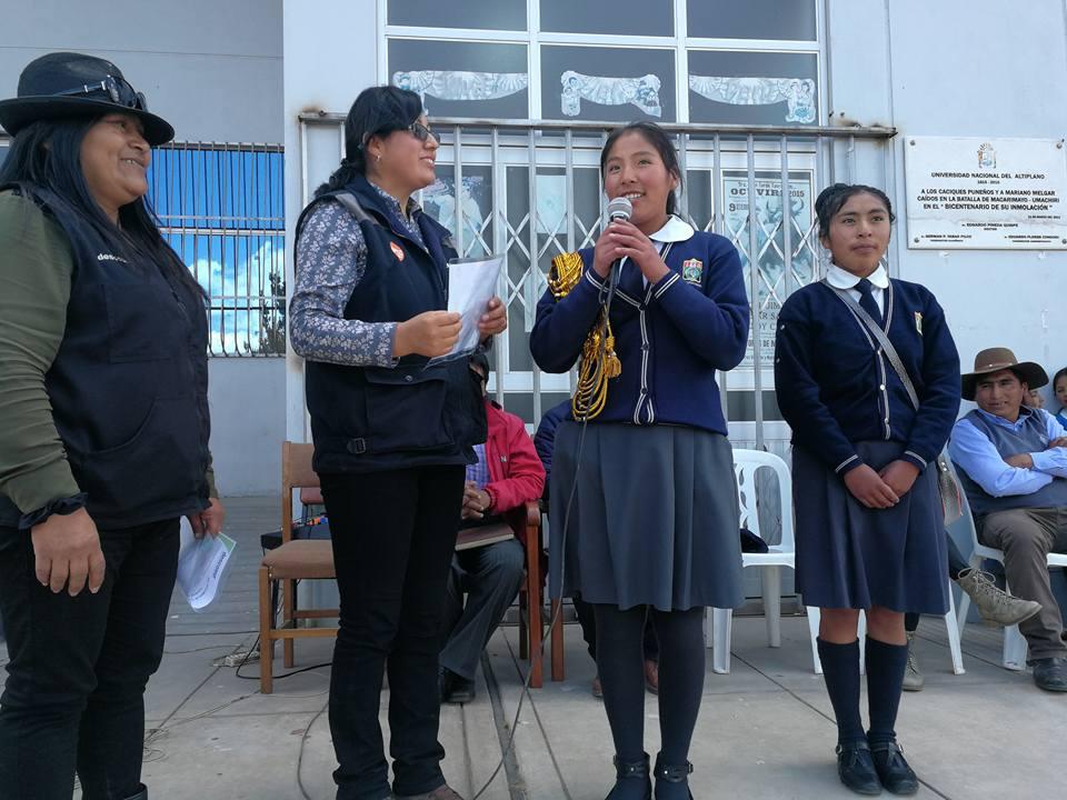 Entrega de constancias a municipios escolares ganadores del III concurso de proycetos escolares innovadores